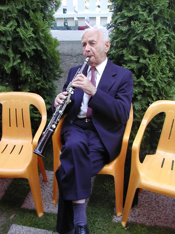 A megnyitón Marth János tárogató zenéje színesítette a programot